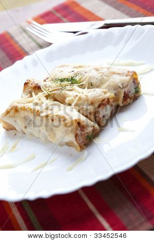 Cannellonis With Cheese