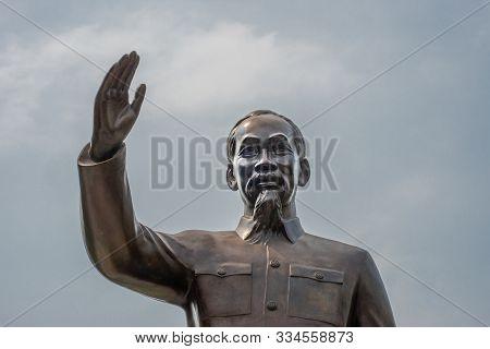 Ho Chi Minh City, Vietnam - March 12, 2019: Downtown. Bonze Bust Statue Of Ho Chi Minh Himself Under