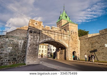 Quebec City, Canada - 5 October 2019: Porte Kent (kent Gate) Is Part Of The Ramparts Of Quebec City.