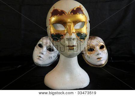 Albero maschere
