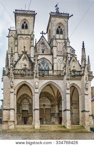 Collegiate Church Notre-dame Of Semur-en-auxois, Framce. View From Facade