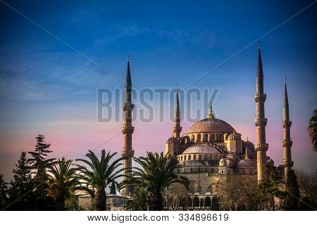Sultanahmet Mosque The Blue Mosque In Istanbul, Turkey , Exterior View Of The Blue Mosque At Sunset
