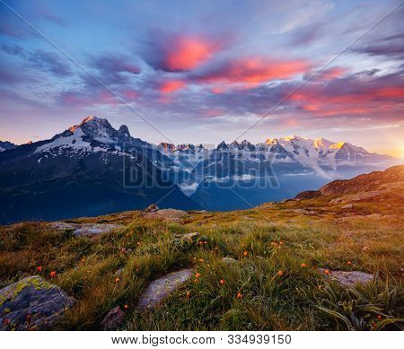 View of the mighty Mont Blanc glacier. Location Chamonix famous resort, Aiguilles Rouges, Graian Alps, France, Europe. Popular tourist attraction. Natural wallpapers. Discover the beauty of earth.