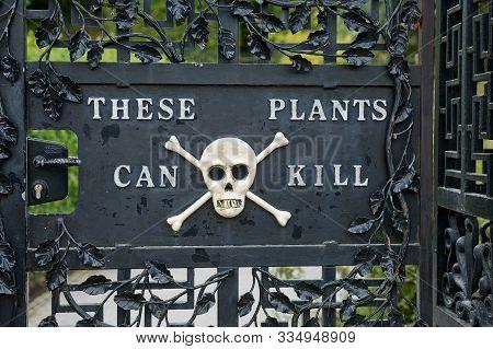 Alnwick Garden - Entrance Into The Poison Garden. A Contemporary Pleasure Gardens Adjacent To Alnwic
