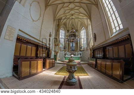 Mosna, Romania - Sept. 4, 2021: Interior Of The Fortified Evangelical Church Built 1480-1486.the Bel
