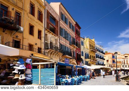 Chania, The Crete Island, Greece - May, 19, 2018: Chania Picturesque Old City At The Spring Time