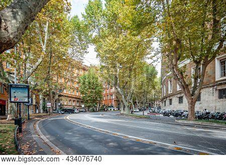 Rome, Italy - September 12 2014: Via Vittorio Veneto. Colloquially Called Via Veneto,it Is One Of Th