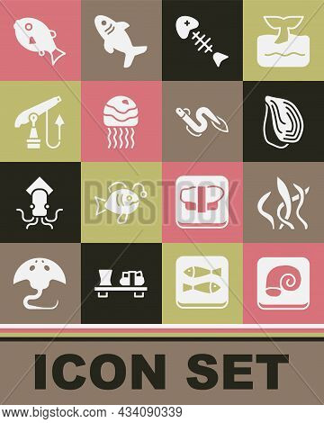 Set Octopus On A Plate, Seaweed, Mussel, Fish Skeleton, Jellyfish, Fishing Harpoon, Tropical And Eel