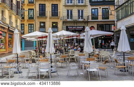 Pamplona, Spain - June 20, 2021: People In Street Cafes On Plaza Consistorial In The Old Town Or Cas