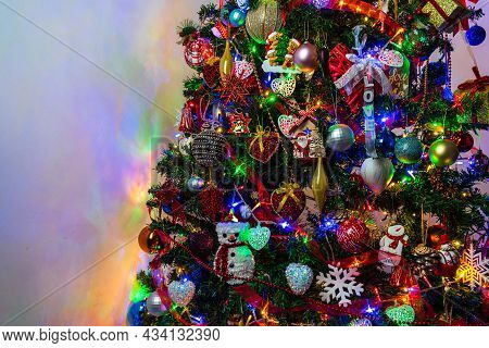 Beautiful Christmas Tree With Lights And Decorations