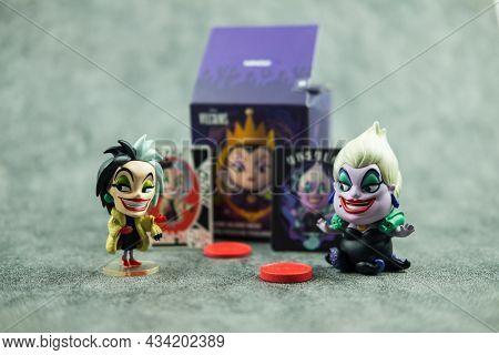 Bangkok, Thailand - September 27, 2021 : Villain Series Blind Box X Miniso, Cute Toy Of Cruella De V