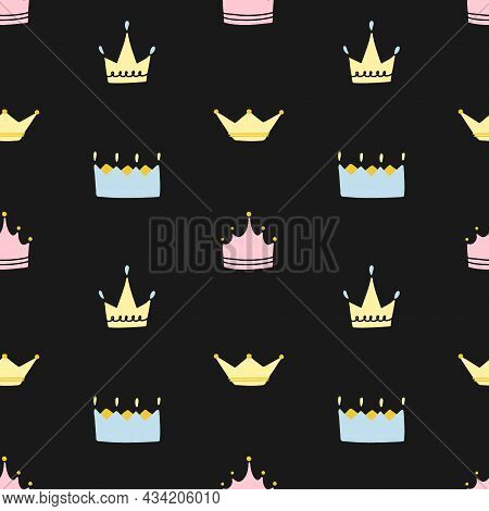 Crown Seamless Pattern. Hand Drawn King And Queen, Prince And Princess Head Accessory, Cartoon Cute