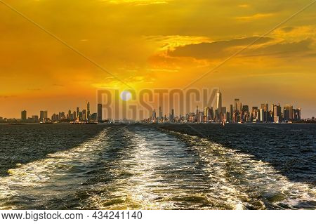 Cruise Wash Foam In Hudson River And Panoramic View Of Statue Of Liberty And Manhattan And Jersey Ci