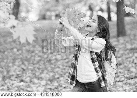 Happy To Be Around. Autumn Kid Fashion. Romantic Season For Inspiration. Happy Childhood. Back To Sc