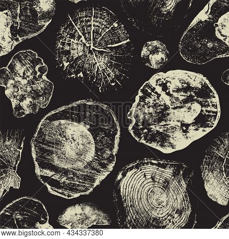 Abstract Seamless Pattern With Old Wood Saw Cuts On A Black Backdrop. Wooden Texture With Annual Rin