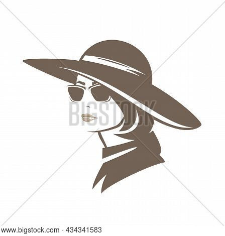 Elegant Woman With Bobbed Hair Wearing Wide Brimmed Hat - Glamour And Beauty In Autumn Season Fashio