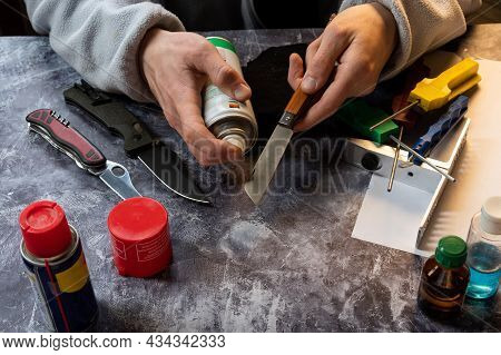 Caring For Knives. Lubrication Of The Knife Mechanism. Knife And Lubricant.