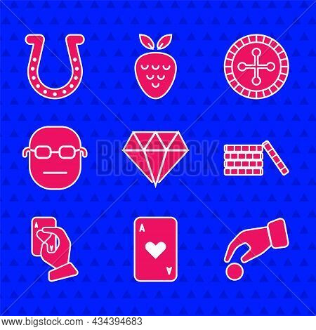 Set Diamond, Playing Card With Heart, Hand Holding Casino Chips, Casino, Playing Cards, Poker Player