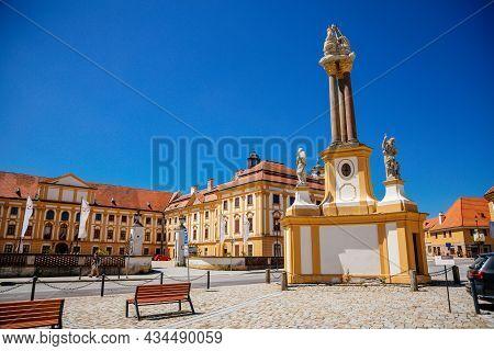 Jaromerice Nad Rokytnou, Bohemia, Czech Republic, 06 July 2021: Holy Trinity Column With Statues, Ba