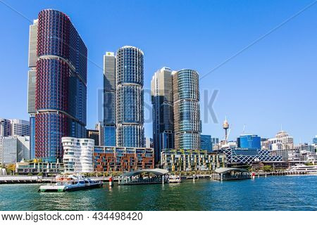 SYDNEY, AUSTRALIA - MARCH 30, 2018: The famous Sydney Harbor. Pier for pleasure boats.  Beautiful sunny day. Boat trip on a tourist boat along the picturesque shores of the port.
