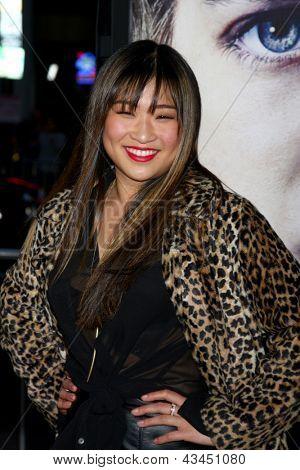 LOS ANGELES - MAR 18:  Jenna Ushkowitz arrives at