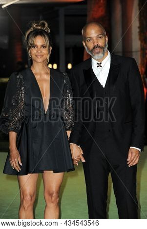 Halle Berry and Van Hunt at the Academy Museum of Motion Pictures Opening Gala held in Los Angeles, USA on September 25, 2021.