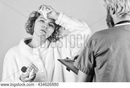 Diagnose Concept. Ask For Complaints. Medical Treatment. Virus Infection Symptoms. Medical Help. Pre