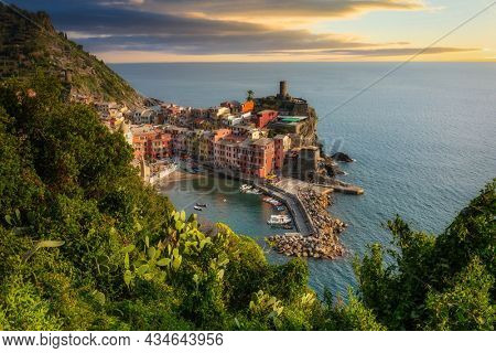 Beautiful Vernazza town on the coastline of Cinque Terre by the Ligurian Sea, Italy