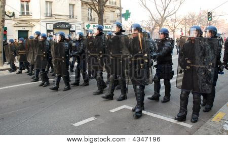 Police Escourts Demonstration Against War In Gaza