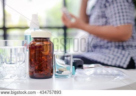 Asian Elderly Woman Stay Home To Prevent Infection During The Coronavirus Epidemic She Was Sick With