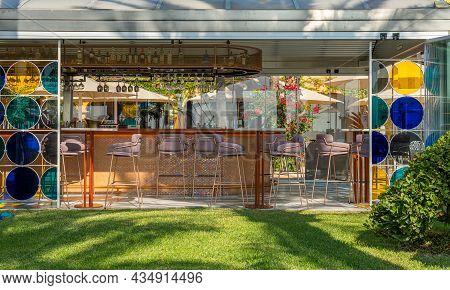 Puerto Portals, Spain; October 02 2021: Modern Bar In The Luxury Resort Of Puerto Portals On A Sunny