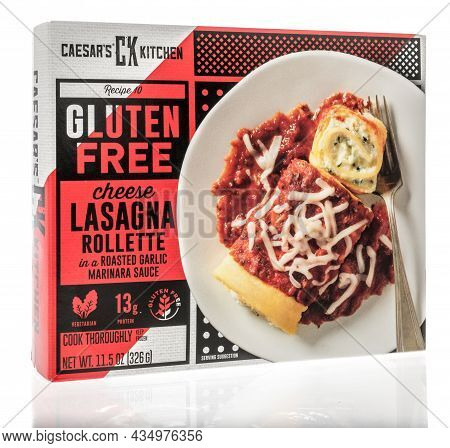 Winneconne, Wi -3 October 2021:  A Package Of Caesars Kitchen Cheese Lasagna Rollette On An Isolated