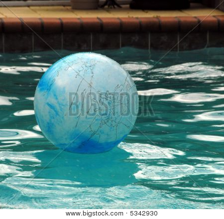 Ball And Water Images