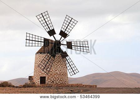 Puesta del sol de Tefia windmill