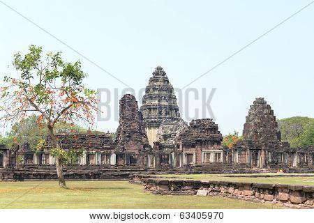 Prasat Hin Phi Mai, Historical Park Phimai Khmer Sanctuary.