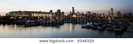 Panoramic View of Chicago, Illinois from marina. poster