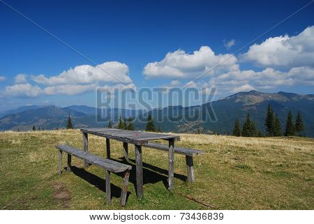 Peaceful mountain top settling