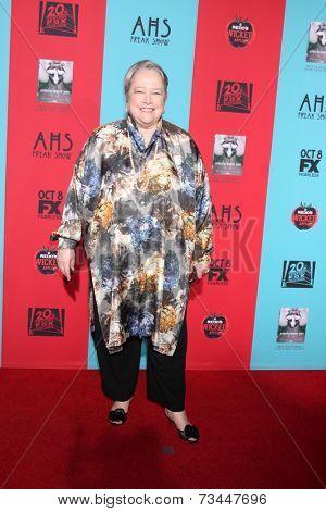 LOS ANGELES - OCT 5:  Kathy Bates at the