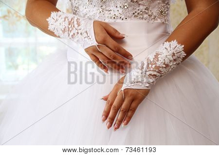 Bride gloves
