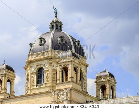 Austria, Vienna, View Of Natural History Museum, Maria Theresa Monument And Garden