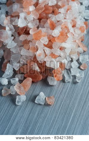 himalayan rock salt close up detail