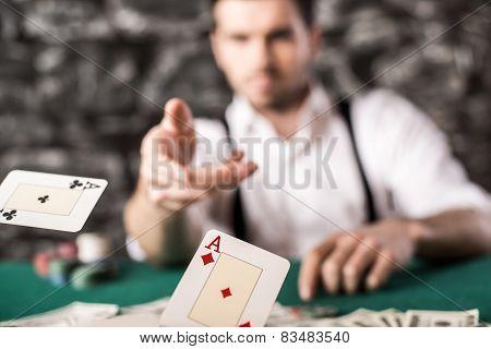 Gangster. Poker.