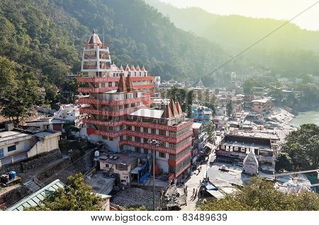 View Of Temple In Laxman Jhula