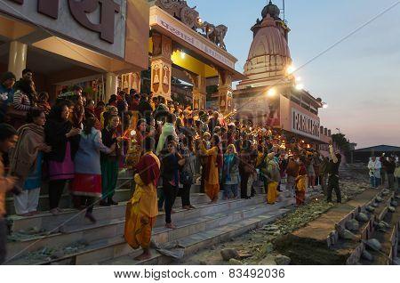 Ganga Aarti Ceremony In Parmarth Niketan Ashram At Sunset