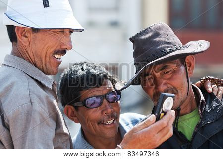 Tibetan Pilgrims, Nepal
