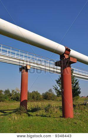High pressure pipelines
