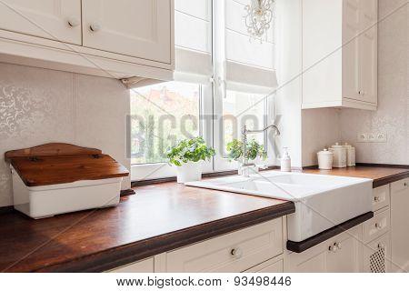 Beauty Designed Retro Kitchen