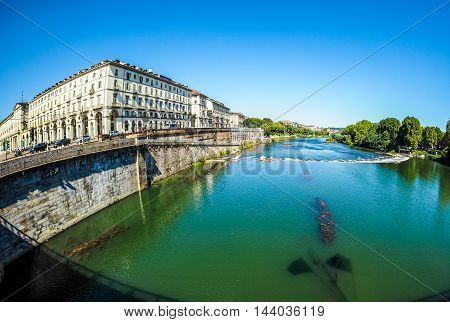 River Po In Turin (hdr)