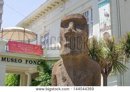 Vina Del Mar, Chile - November 01 2014: Moai Statue In The Front Of Museo Fonck. Vina Del Mar Is Par