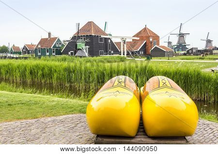 Symbols Of The Netherlands - Clogs And Windmills